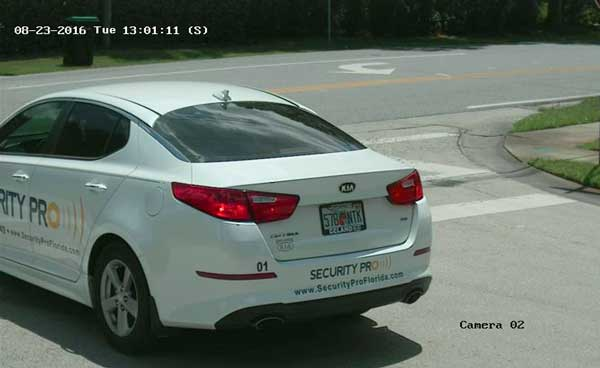 License tag id camera for community security gate